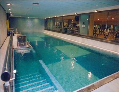 1-centro-deportivo-con-piscinas-y-SPA