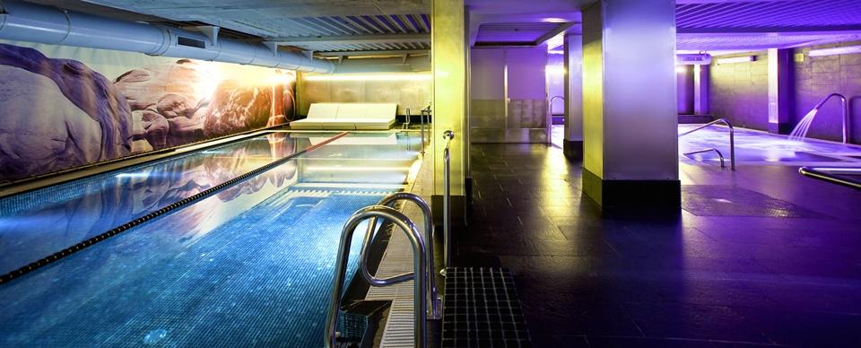 2-dir-tarragona-centro-deportivo-con-piscinas-y-spa